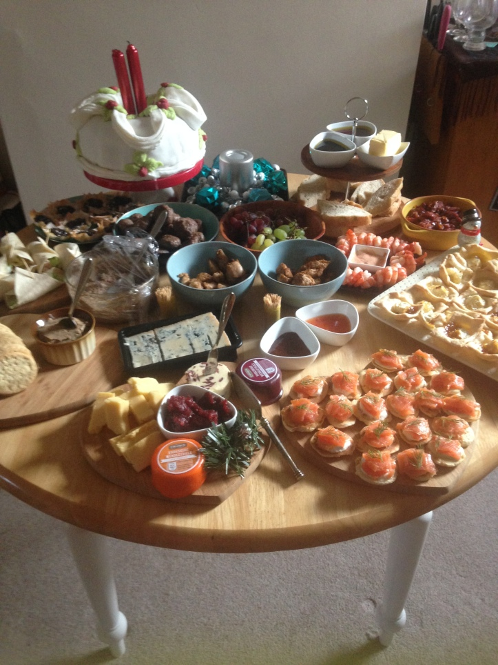Fast hor-doeuvres party spread